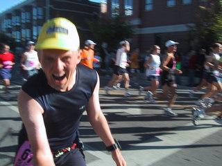 At mile 11 of the 2004 Chicago Marathon